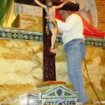 Installation of Cross (12)