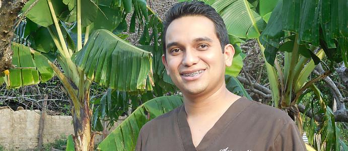Dr. Aaron Mejía, Reitoca, F.M., Honduras