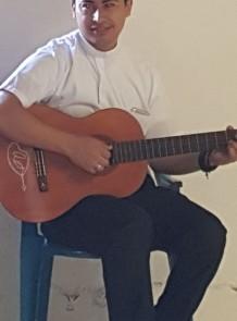 Gustavo at Guitar