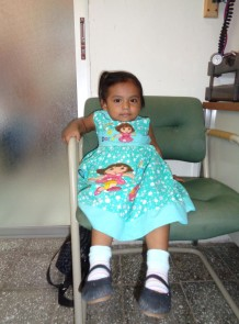 Little Girl Visits Clinic in Reitoca